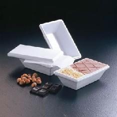Κουτι απο φελιζόλ συσκευασία παγωτού με πλαστικό σκαφάκι εσωτερικά και νάϋλον κάλυμμα για το παγωτό από